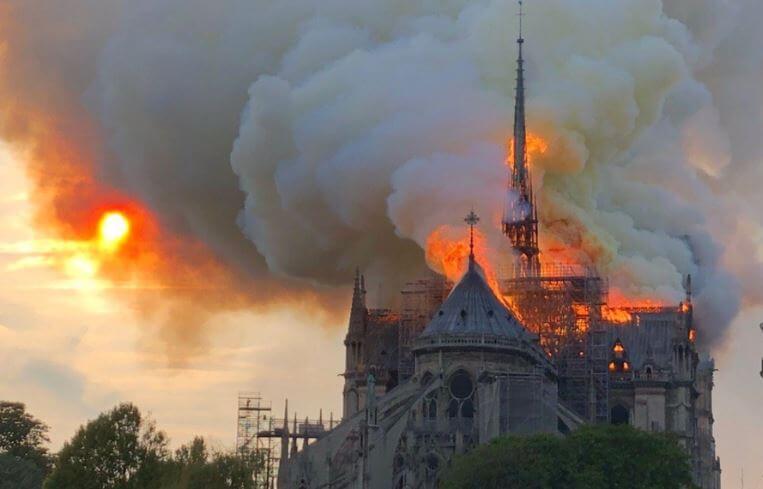 ノートルダム大聖堂・火災原因