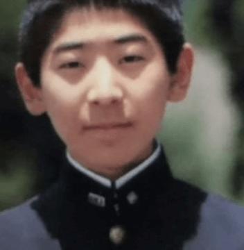 いとこ(兄),岩崎隆一, カリタス小学校卒業