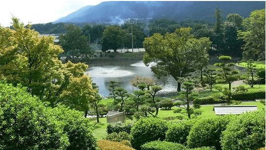 葛城市のクラシックカーイベントのひき逃げ事故の場所は屋敷山公園