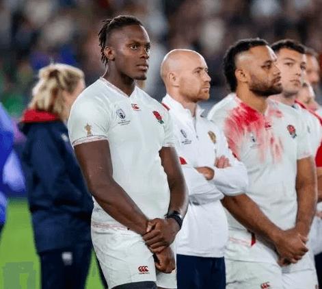 ラグビーイングランド代表が銀メダル受取拒否で海外メディアから批判殺到