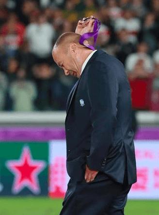 ラグビーイングランド代表のエディー・ジョーンズ監督が銀メダル受取拒否で海外メディアから批判殺到