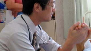 高山義浩医師の妻や家族まとめ|経歴や学歴と岩田健太郎との関係性は?