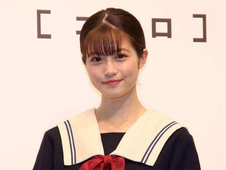 今田美桜セーラー服