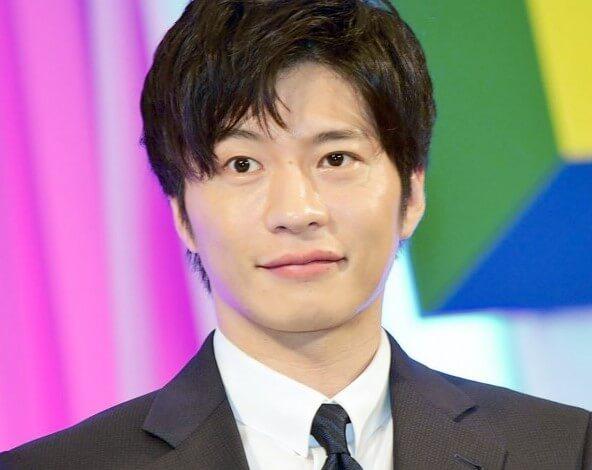 田中圭は若い頃からギャンブル好きで闇カジノへ?借金を肩代わりとは?